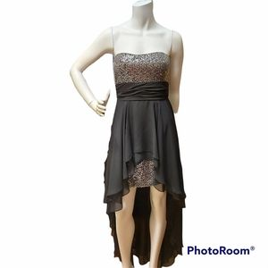 Adrianna Papell Balck and Silver Formal Dress Size 8